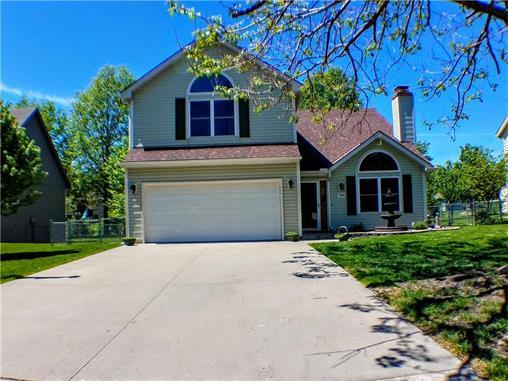 704 Canter St Raymore Mo Mls 2043416 Better Homes