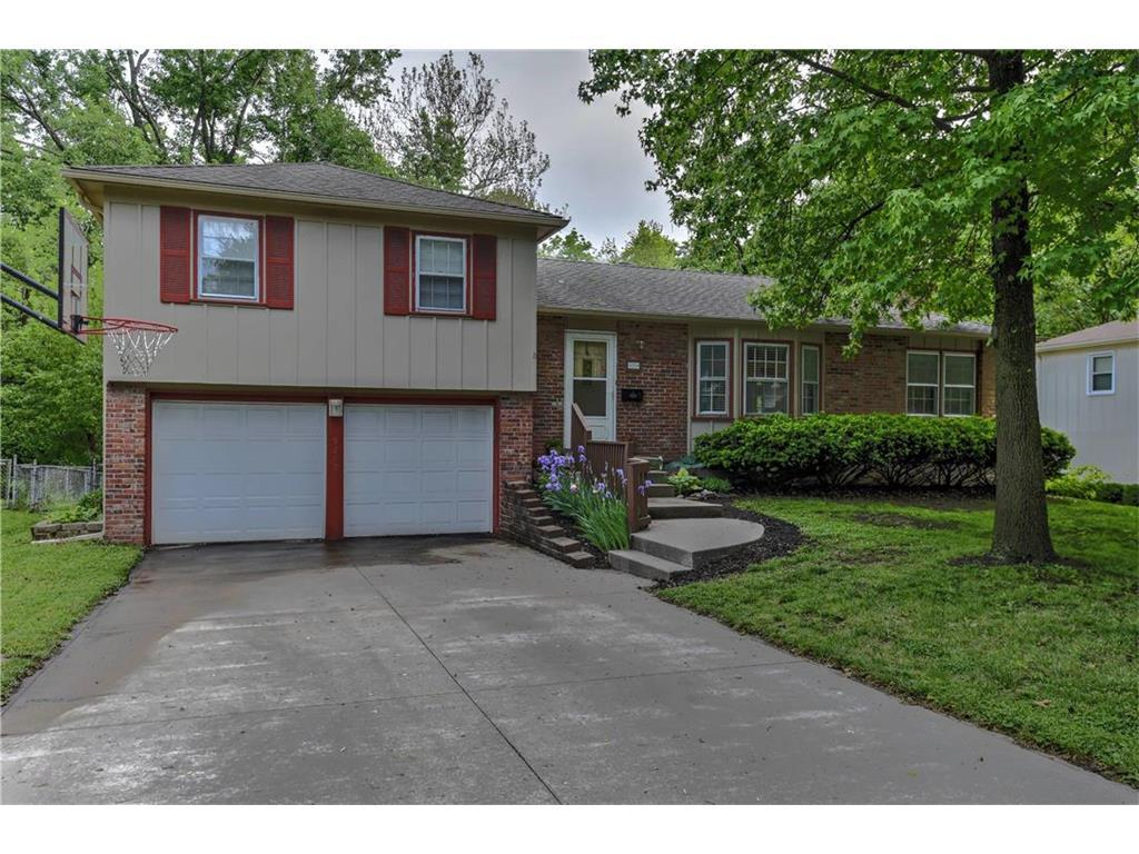 9209 W 76th Ter Overland Park Ks Mls 2045901 Better Homes And Gardens Real Estate