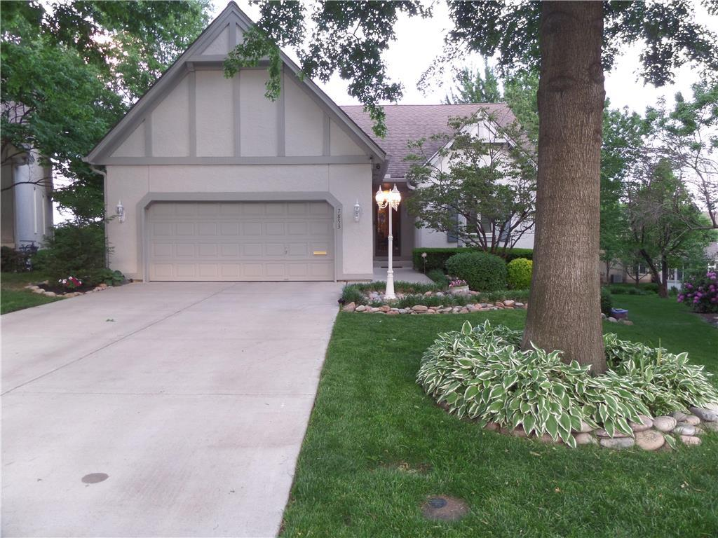 7853 W 118th Ter Overland Park Ks Mls 2046154 Better Homes And Gardens Real Estate