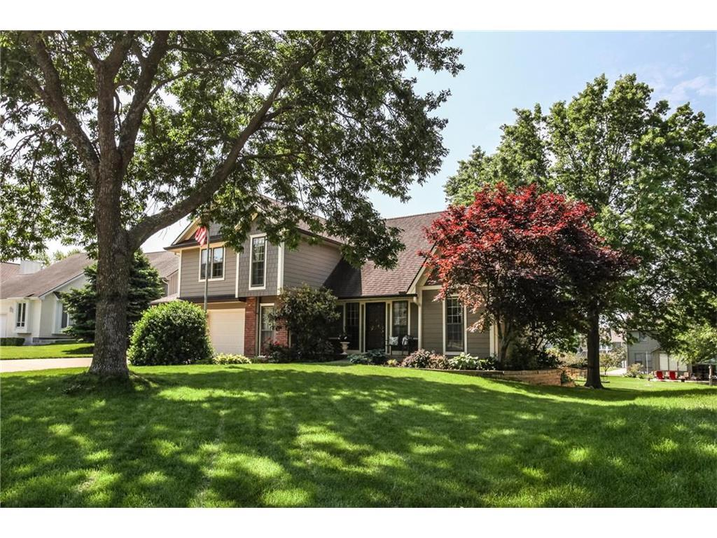 11117 W 115th Ter Overland Park Ks Mls 2046897 Better Homes And Gardens Real Estate