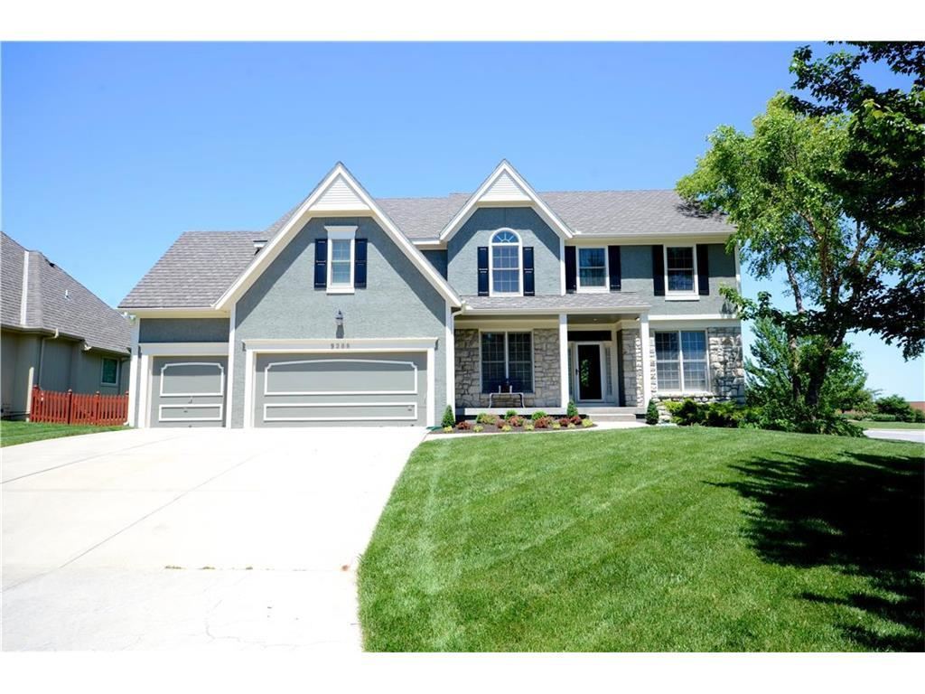 9300 W 150th Ter Overland Park Ks Mls 2049366 Better Homes And Gardens Real Estate