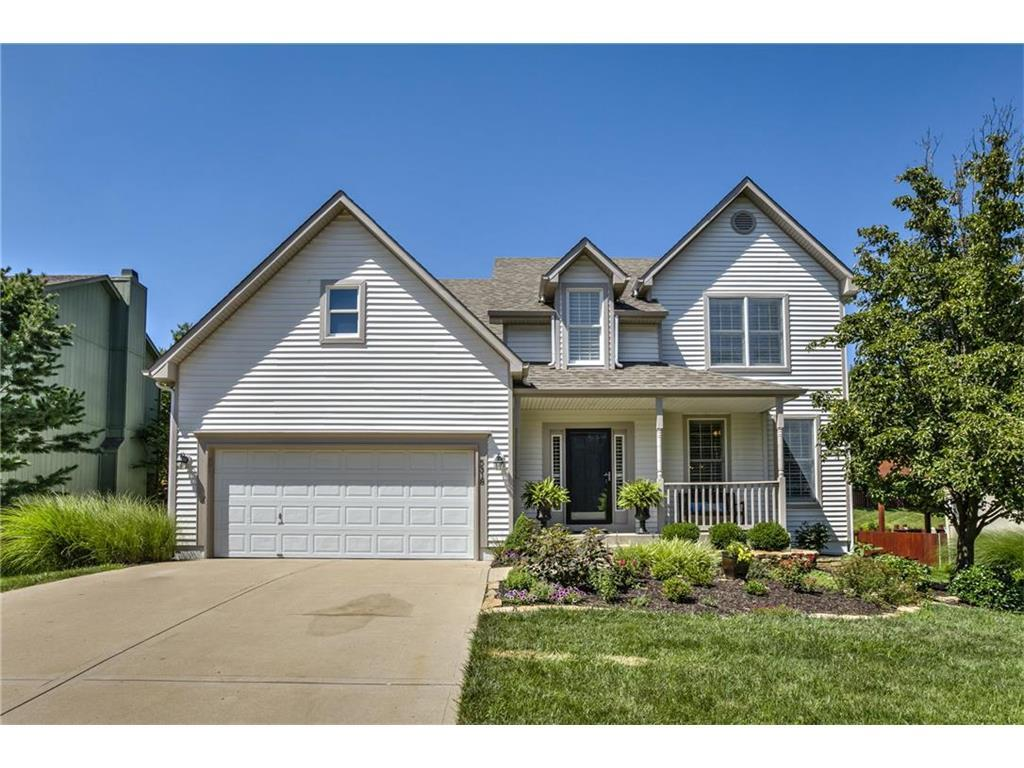 5318 W 159th Ter Overland Park Ks Mls 2058635 Better Homes And Gardens Real Estate
