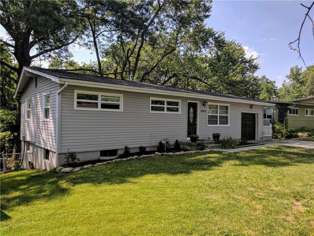 6842 n montrose ave a kansas city mo mls 2064783 - Better homes and gardens kansas city ...