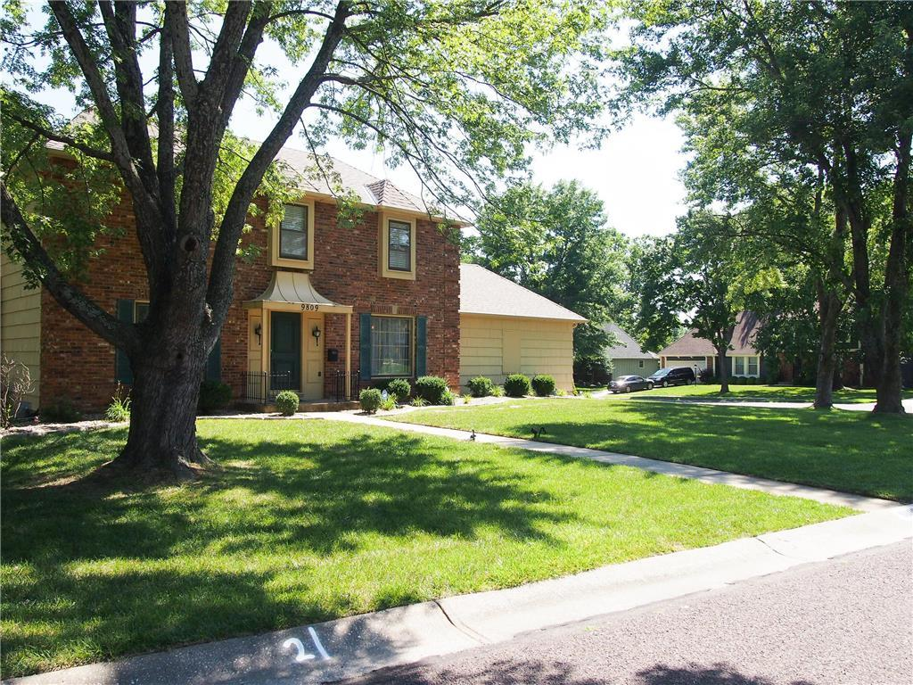 9809 W 104th Ter Overland Park Ks Mls 2064882 Better Homes And Gardens Real Estate