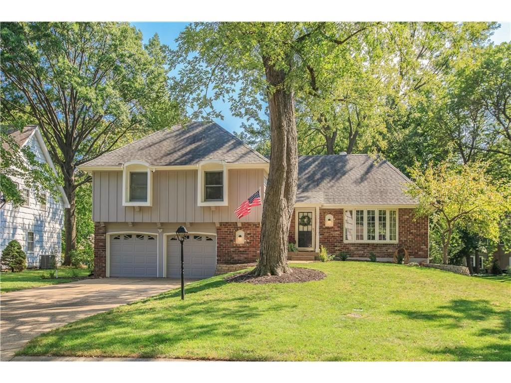 8907 W 105th Ter Overland Park Ks Mls 2070702 Better Homes And Gardens Real Estate