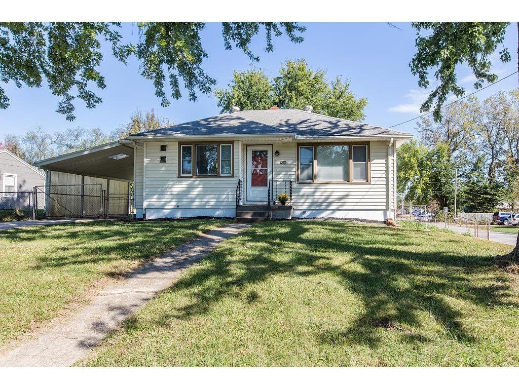 7701 n mcgee st gladstone mo mls 2073701 better for Gladstone builders