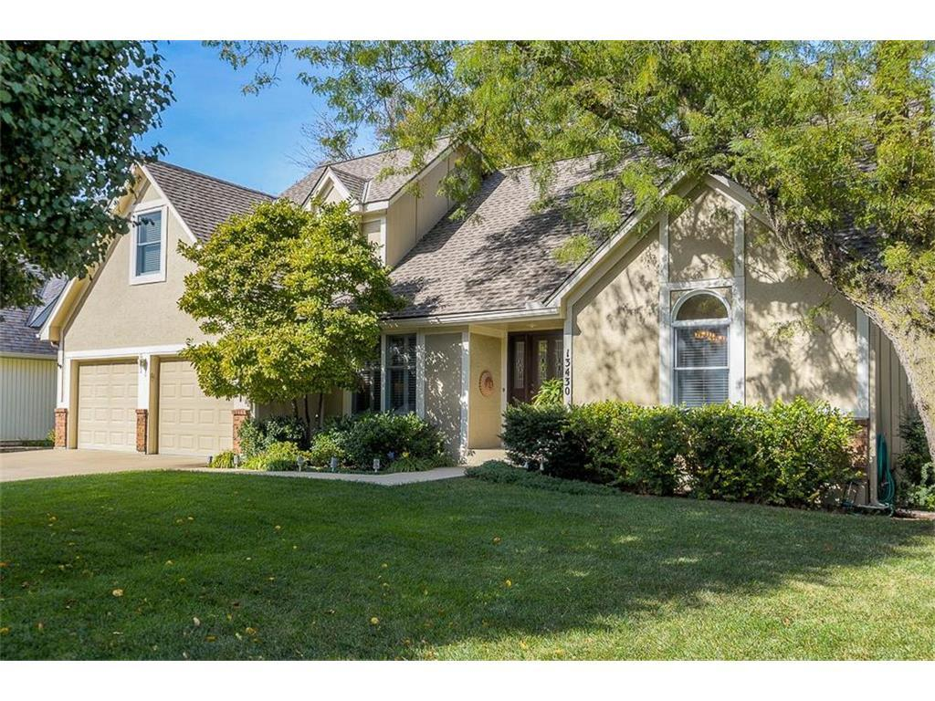 13430 W 105th Ter Overland Park Ks Mls 2076003 Better Homes And Gardens Real Estate