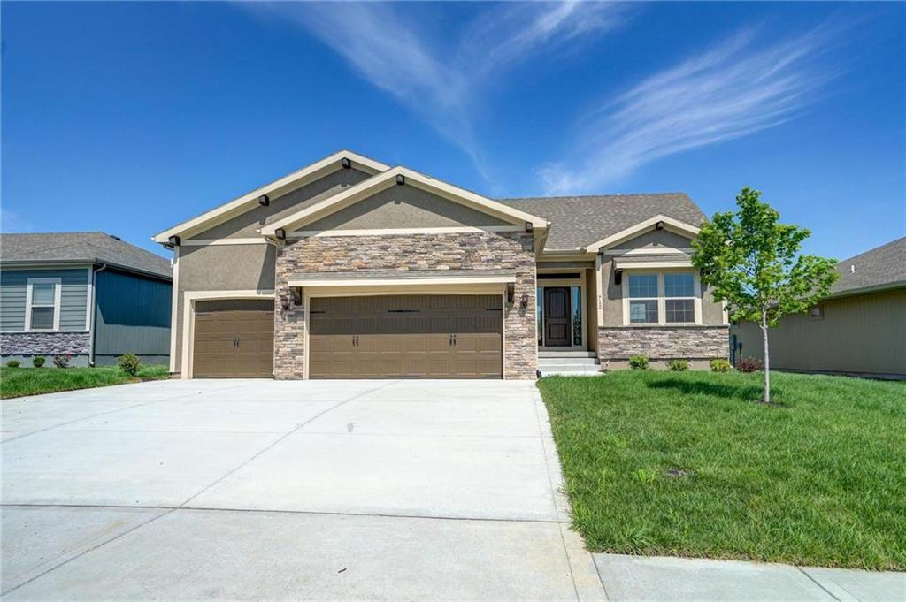 Homes For Sale In Raymore Mo