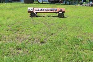 104 Lakeshore Drive