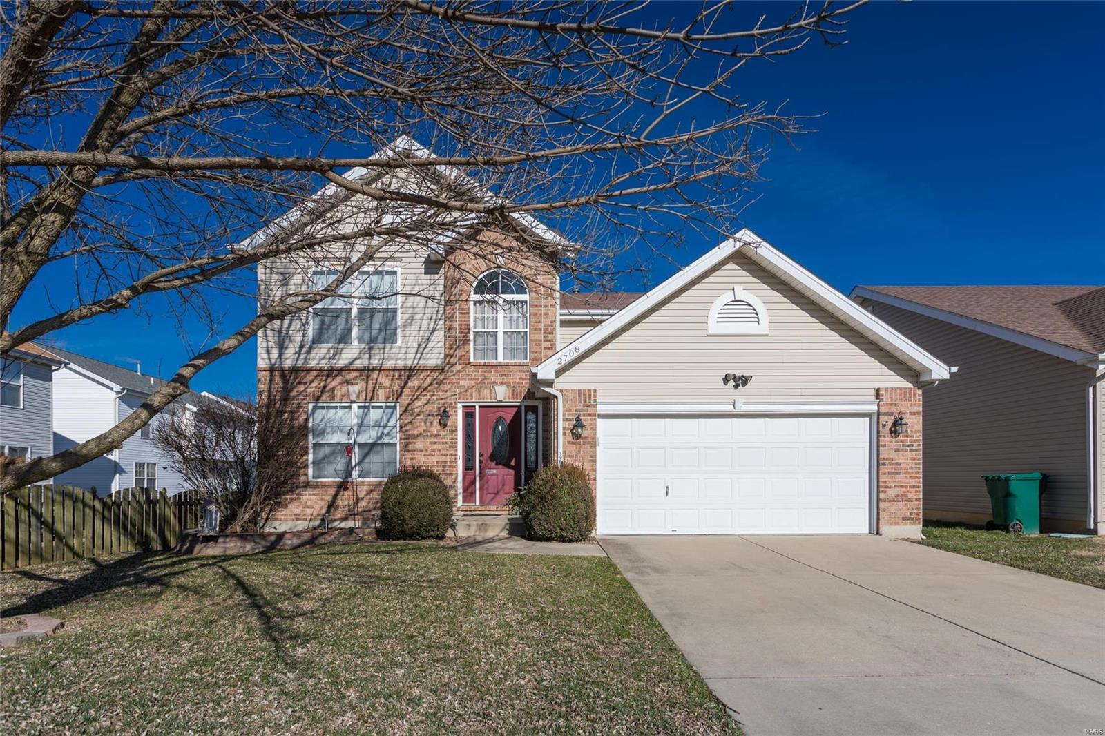 2708 Brookmeadow Drive, Belleville, IL 62221 | Image #1 of 33 from carousel  ...