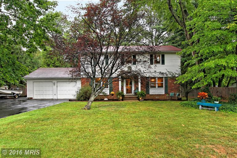 4036 doveville ln fairfax va mls fx9770919 ziprealty for How much to build a house in northern virginia
