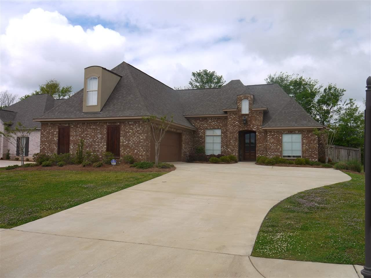 102 sweetbriar cir canton ms mls 284845 era for Usda homes for sale in ms