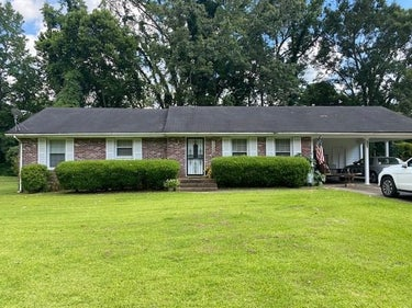 SFR located at 104 Laurel Hill