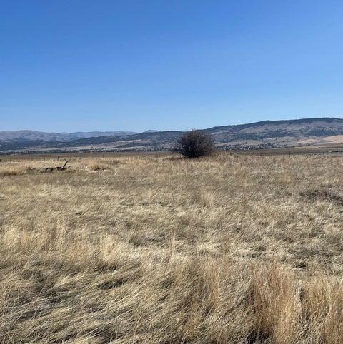 1933 Farm View Drive