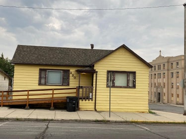 SFR located at 220 West Mercury Street