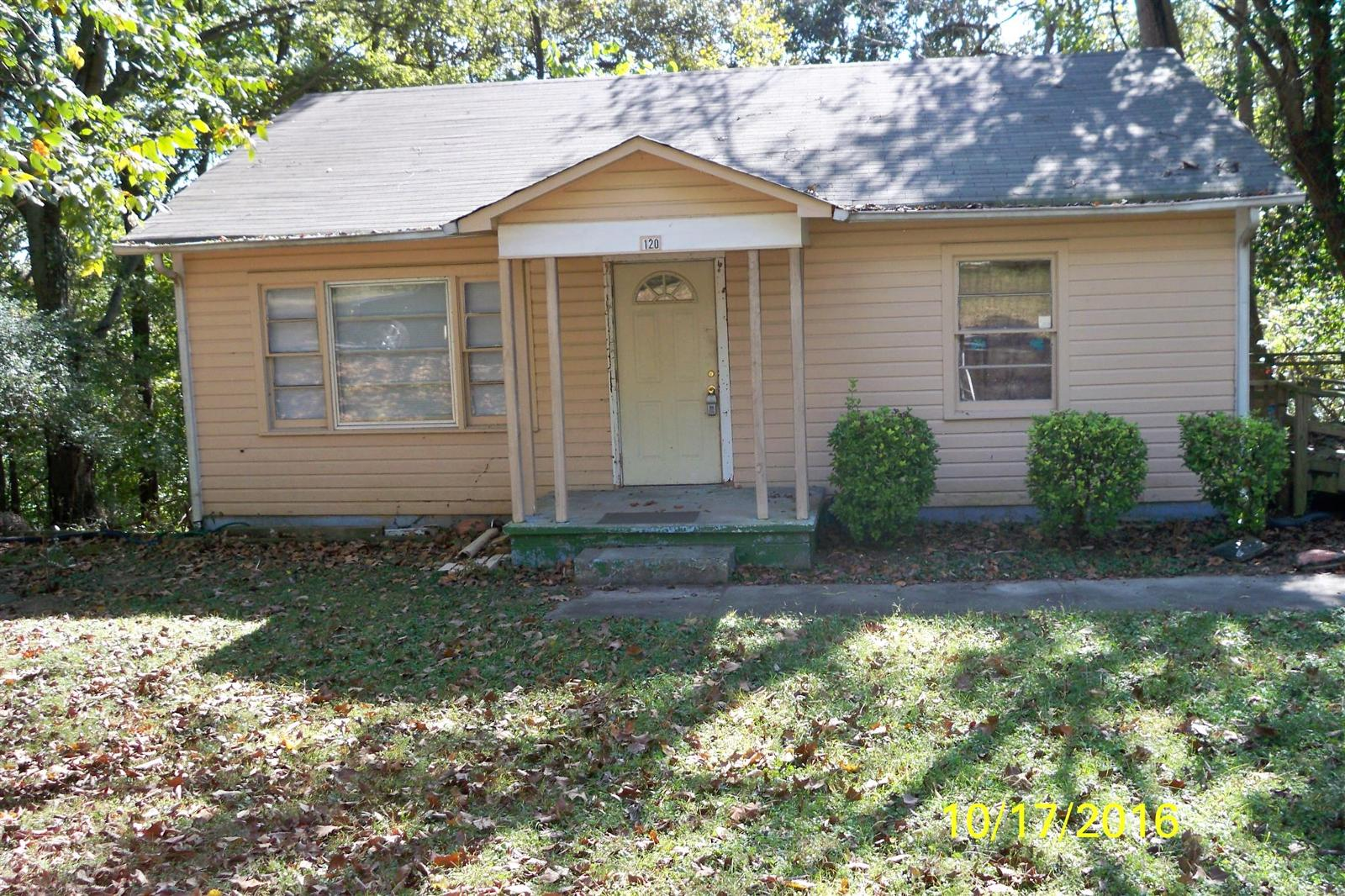 120 circle hill dr clarksville tn mls 1751847 for Home builders clarksville tn