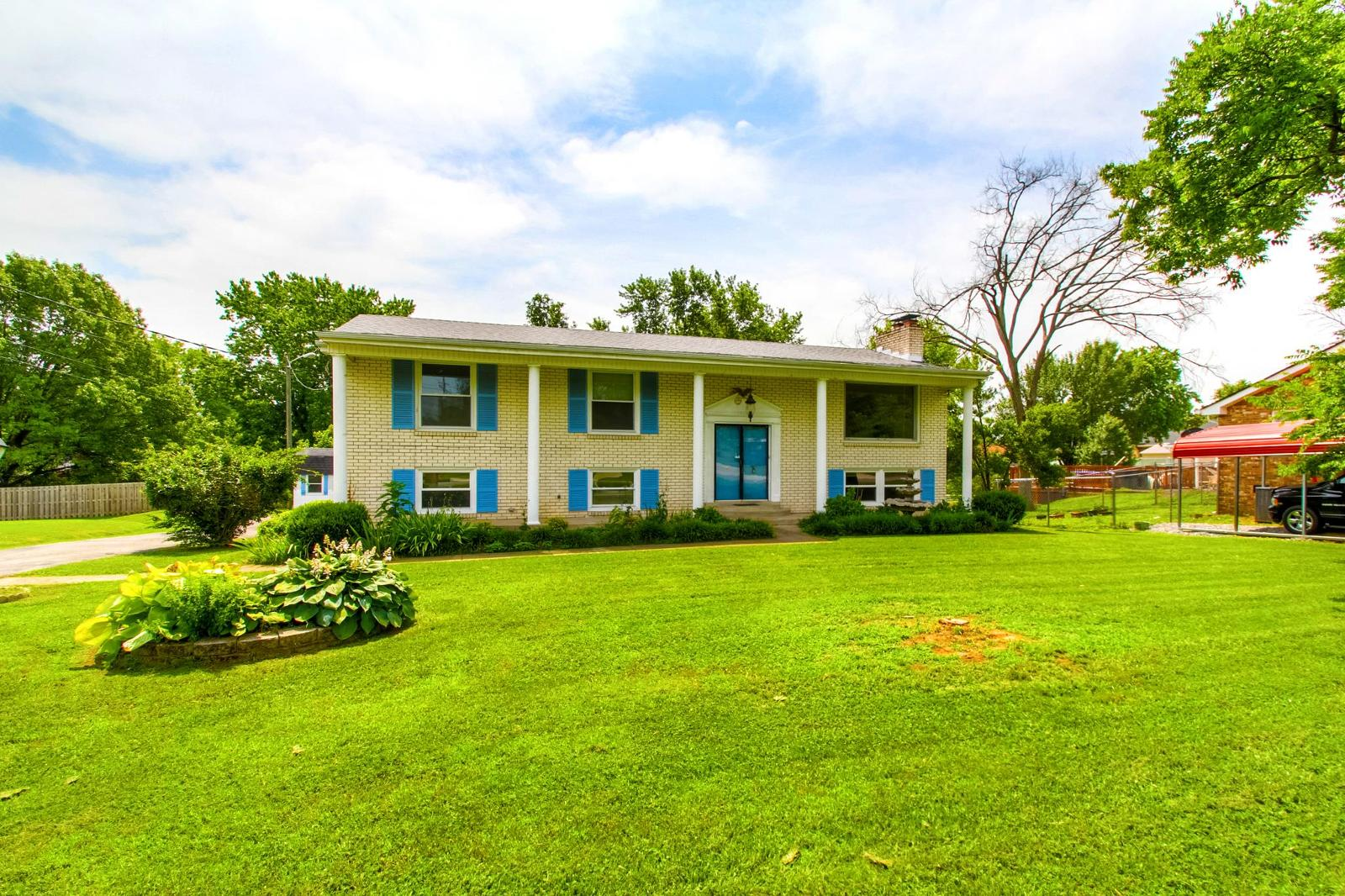 1317 sioux ter madison tn mls 1833363 era for 1184 sioux terrace madison tn