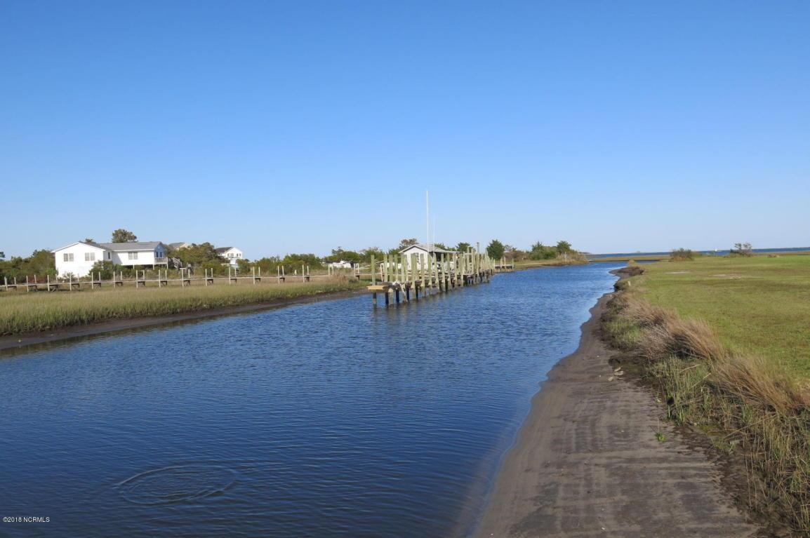 harkers island dating Harkers island is nestled in core sound, between cape lookout and the mainland, at the southern end of north carolina's outer banks the island is home to the headquarters of cape lookout national seashore, a 50 mile stretch of outer banks.