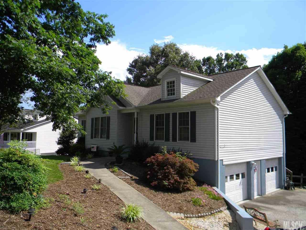 6519 beechtree ct hickory nc mls 9594330 century 21 for Home builders in hickory nc