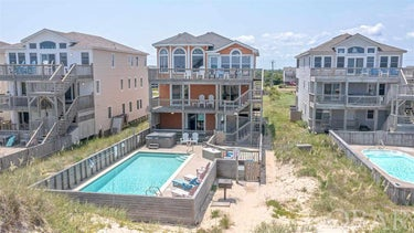 SFR located at 9411 Old Oregon Inlet Road S
