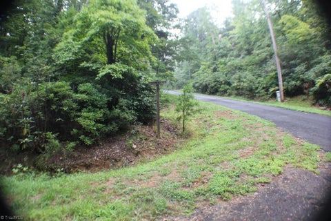 7 Hillside Lane
