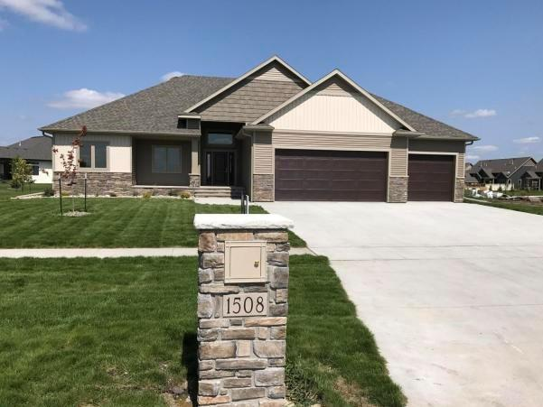1508 57th ave s grand forks nd mls 16 1823 for Home builders grand forks nd