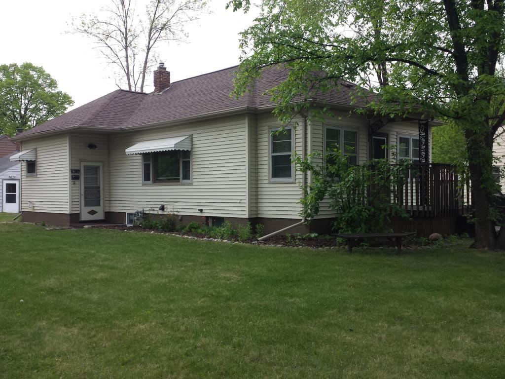 109 n 17th st grand forks nd mls 17 1059 century 21 for Home builders grand forks nd