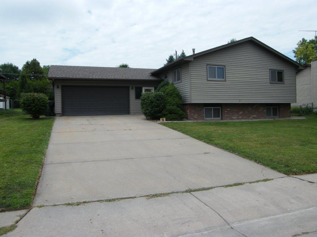 3710 13th Ave Kearney Ne Mls 21023 Coldwell Banker