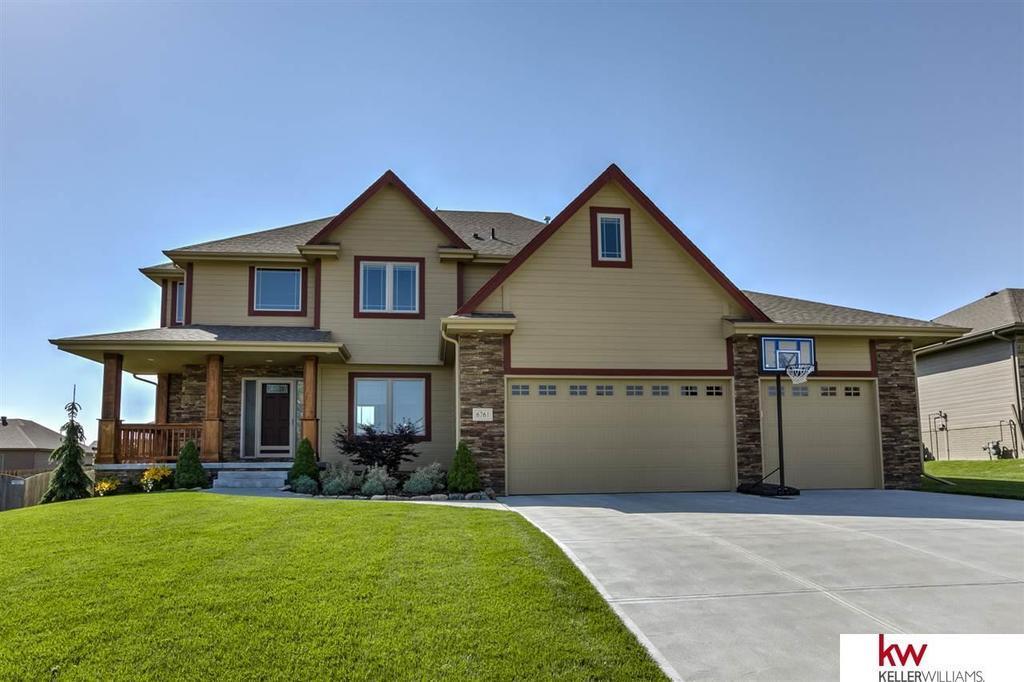 6761 ridgewood dr papillion ne mls 21710761 better for Nebraska home builders