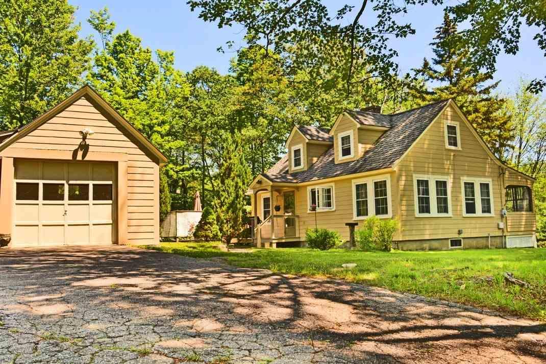 322 LANCASTER HILL RD, TILTON, NH — MLS# 4626878 — CENTURY ... Tilton Nh Homes For Sale Photos