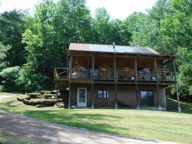 SFR located at 889 Whipple Hollow Road