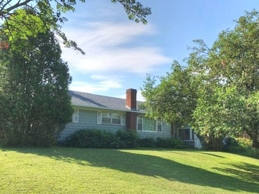 SFR located at 17 Fairwood Heights