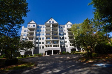 CND located at 10 Mountain Laurels Drive #308