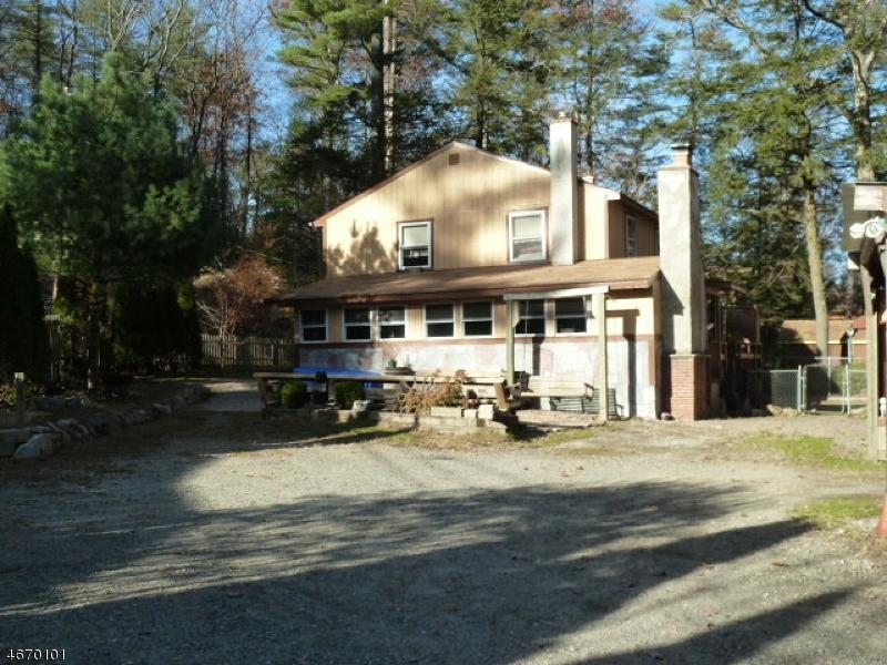 58 pinecrest trl west milford nj mls 3347742 ziprealty. Black Bedroom Furniture Sets. Home Design Ideas