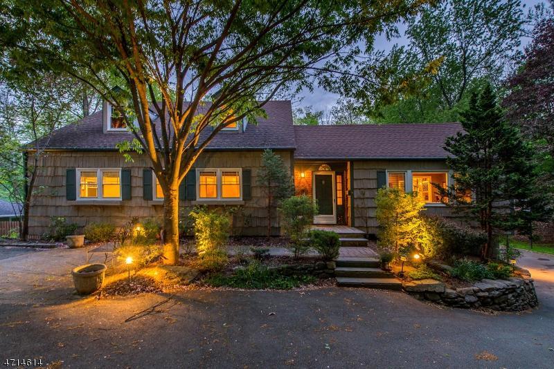 Homes For Sale Livingston Nj : 3 SHEFFIELD CT, LIVINGSTON, NJ — MLS# 3388785 — CENTURY 21 ...
