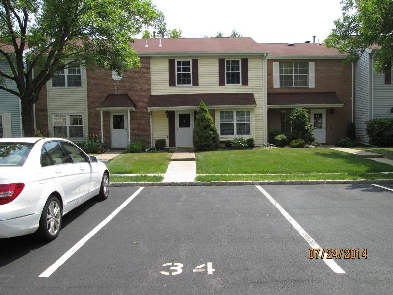 34 toms point ln lincoln park nj mls 3428949 ziprealty for The pointe at lincoln park