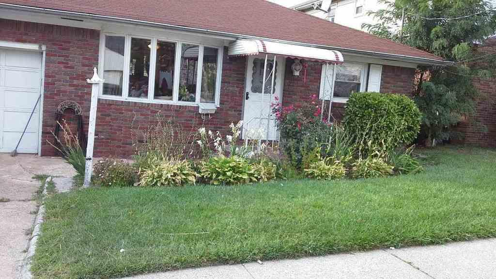 Local Real Estate: Homes for Sale — Carlstadt, NJ — Coldwell Banker