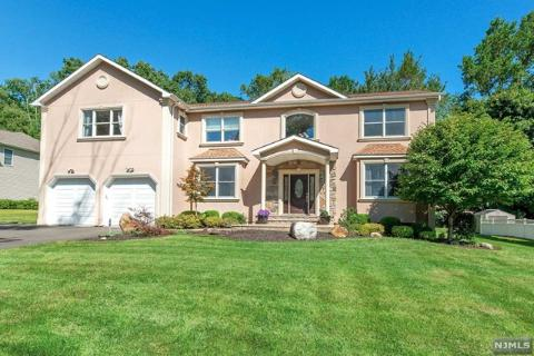 Cool Local Real Estate Homes For Sale Woodcliff Lake Nj Download Free Architecture Designs Intelgarnamadebymaigaardcom