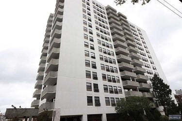 CND located at 1600 Center Avenue #14a