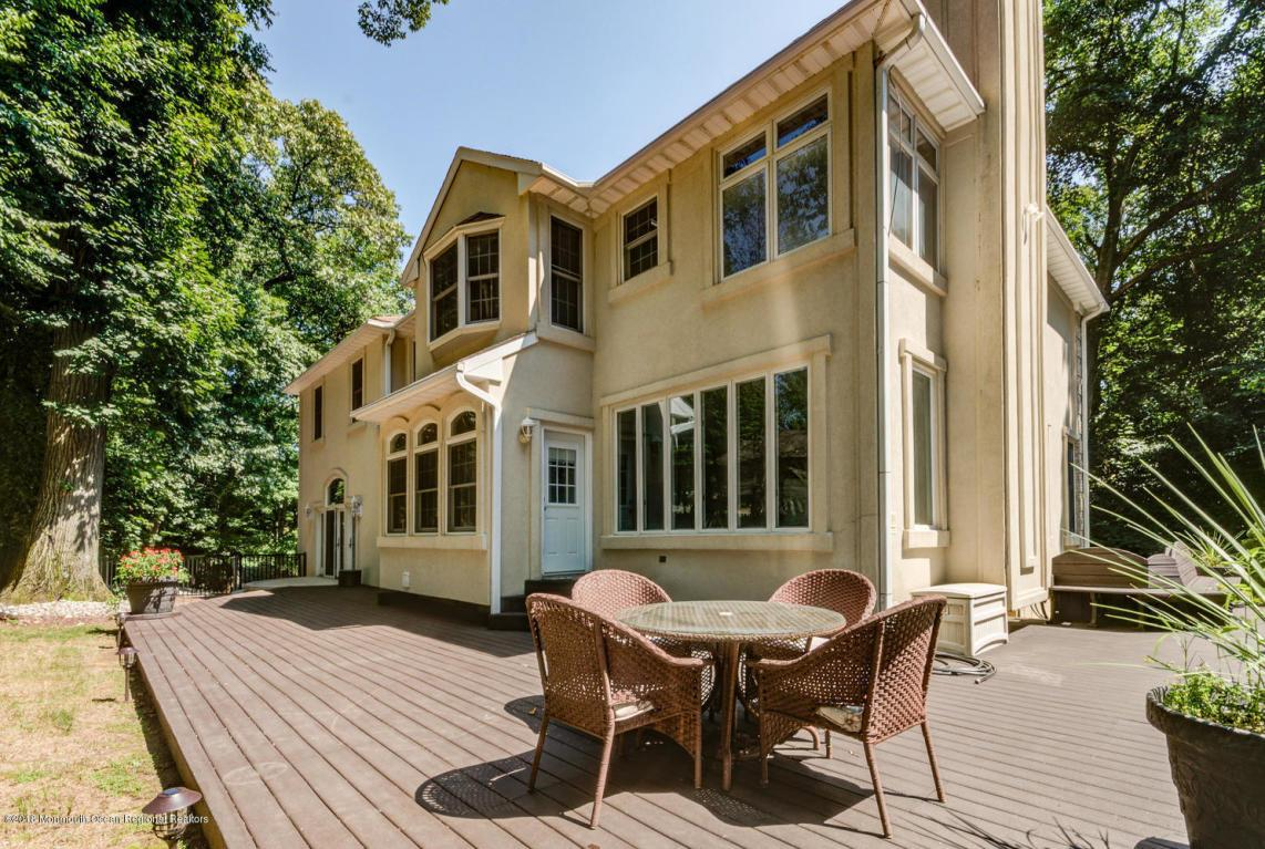 Local Holmdel, NJ Real Estate Listings and Homes for Sale | BHGRE