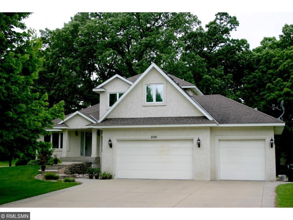 Kevin Sharkey Of Better Homes And Gardens Real Estate All Seasons In Bloomington Mn