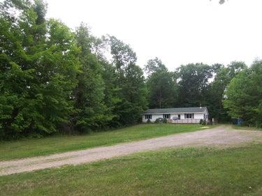 SFR located at 602 E Round Lake Road
