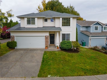 SFR located at 3133 96th Place Se