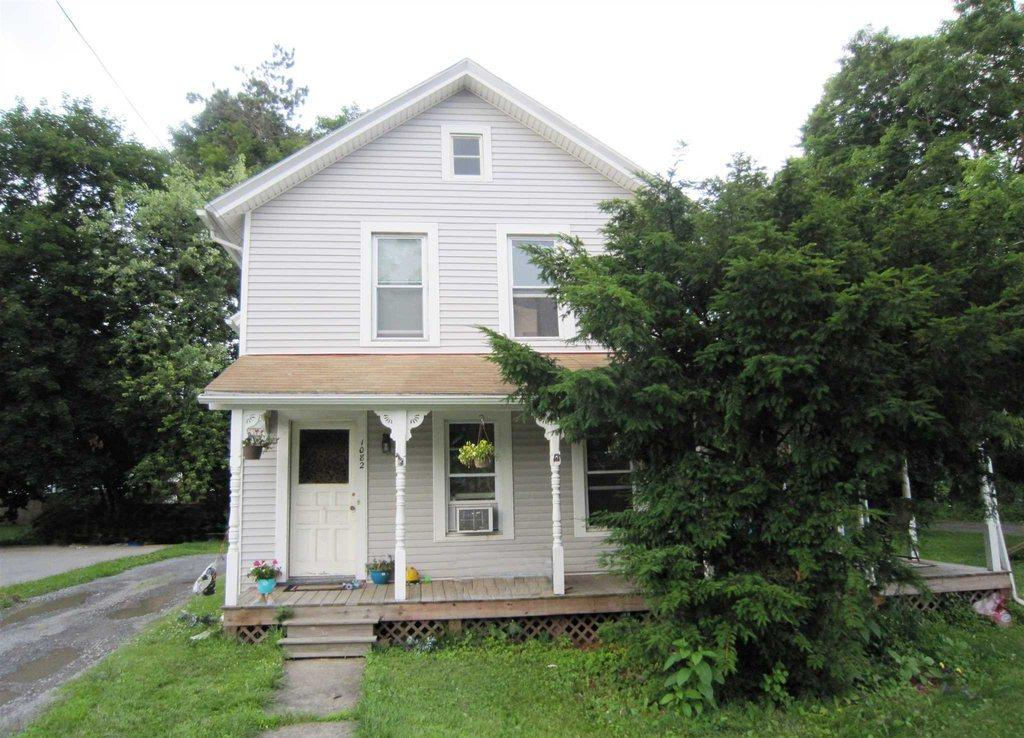 1082 Violet Ave Hyde Park Ny Mls 341953 Better