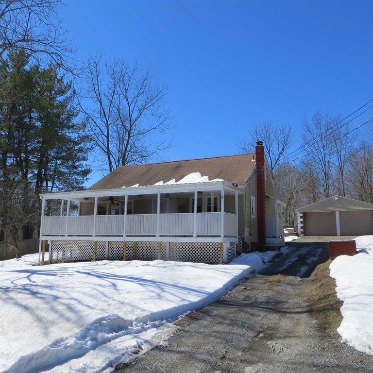 3 Forest Dr Hyde Park Ny Mls 358959 Era