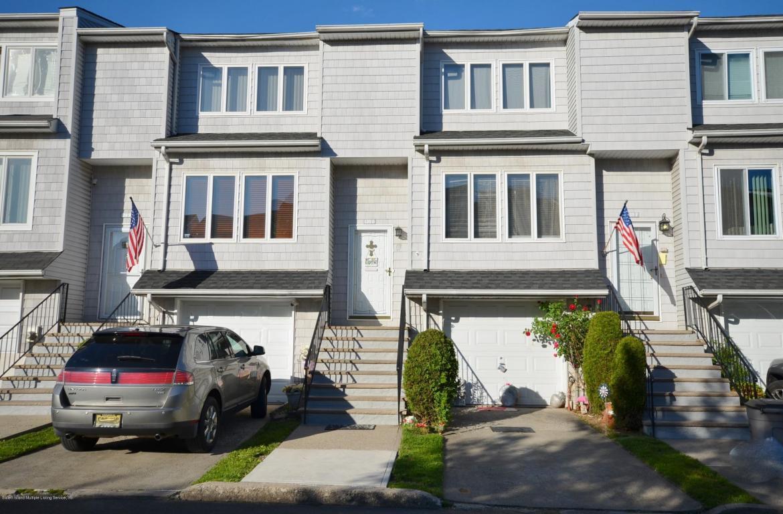 Dinsmore Street Staten Island
