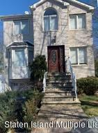 SFR located at 20 Gabrielle Ct
