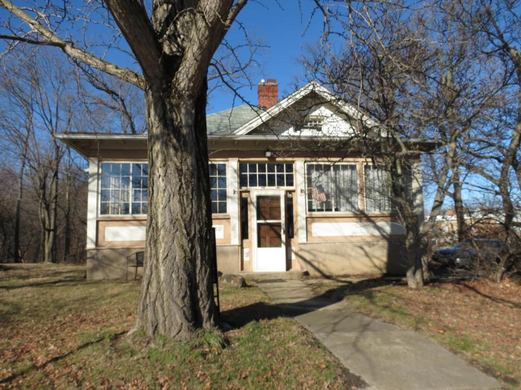 80 E Olentangy St Powell Oh Mls 217010477 Coldwell