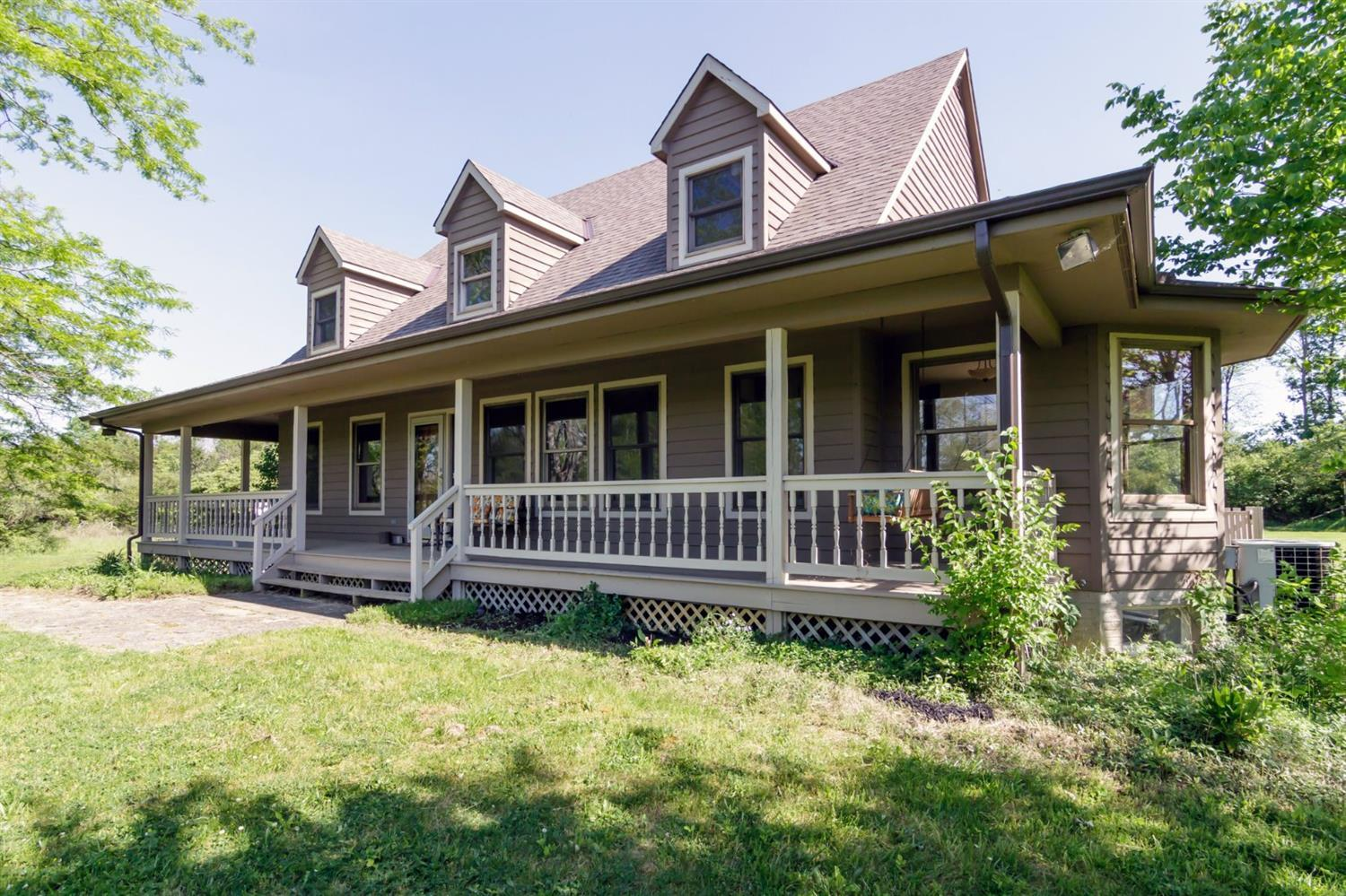 4561 Wallace Rd Oxford Oh Mls 1537801 Better Homes
