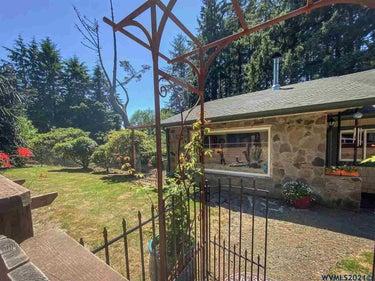 SFR located at 90310  Oregon Coast Hwy